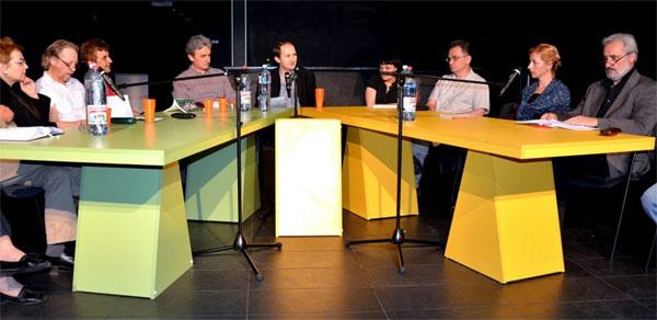 Reading. Literary event at the end of meeting of Balkan Network, Belgrade, Dom omladine - avec Simona-Grazia Dima, Vladislav Bajac, Aleksandar Prokopiev, Hadžem Hajdarević, Gojko Božović, Ana Ristović, Vojislav Karanović, Ent-1
